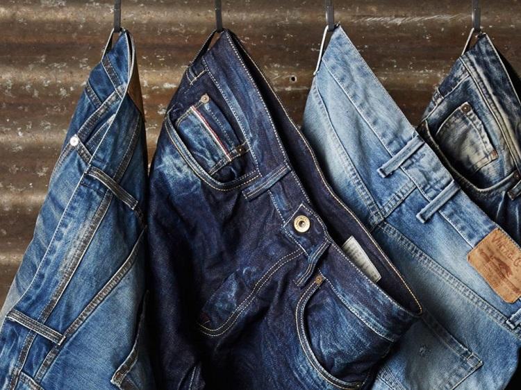 Як відіпрати пляму на джинсах
