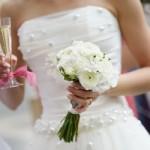 Как постирать свадебное платье своими руками