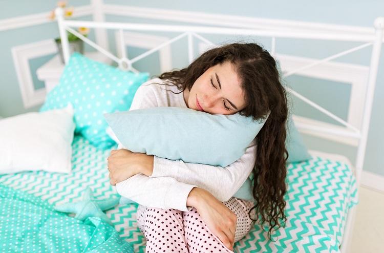 Прання подушок з пір'я