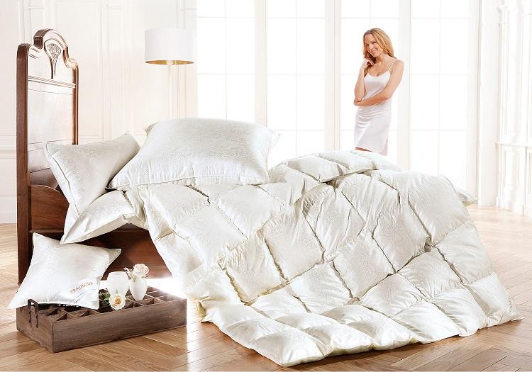 Как постирать одеяло на пуху