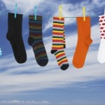 Как стирать носки вручную и в стиральной машине, чтобы отстирать грязь и запах
