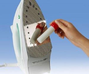 как почистить тефлоновую подошву утюга