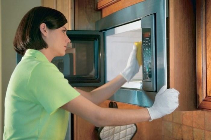 как почистить микроволновку в домашних условиях