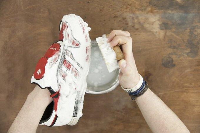 намылить кроссовки