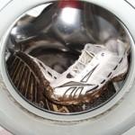 Как стирать кроссовки: основные правила стирки