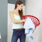Как убрать разводы и пятна после стирки на одежде