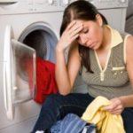 Как отстирать полинявшую вещь: способы для белых и цветных тканей