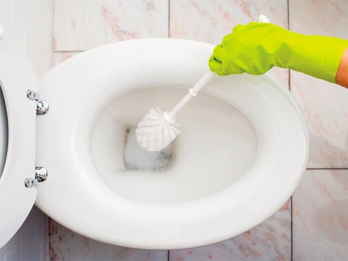 как почистить унитаз