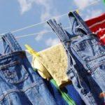 Чим відіпрати солярку з одягу: корисні поради