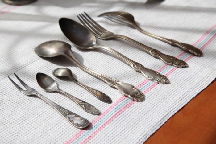 как почистить мельхиоровые ложки и вилки