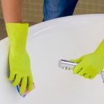 Как очистить ванну от желтого налета