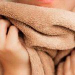 Як прати плед: в пральній машині чи вручну