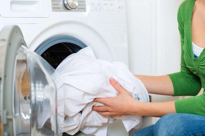 как стирать белое