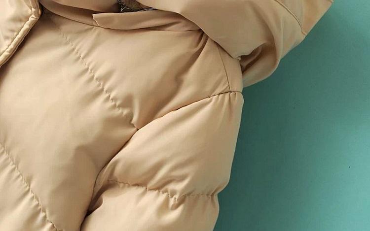 Як вивести жирну пляму з куртки