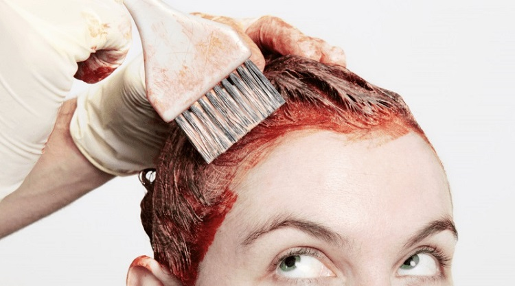 How to remove a stain from hair dye