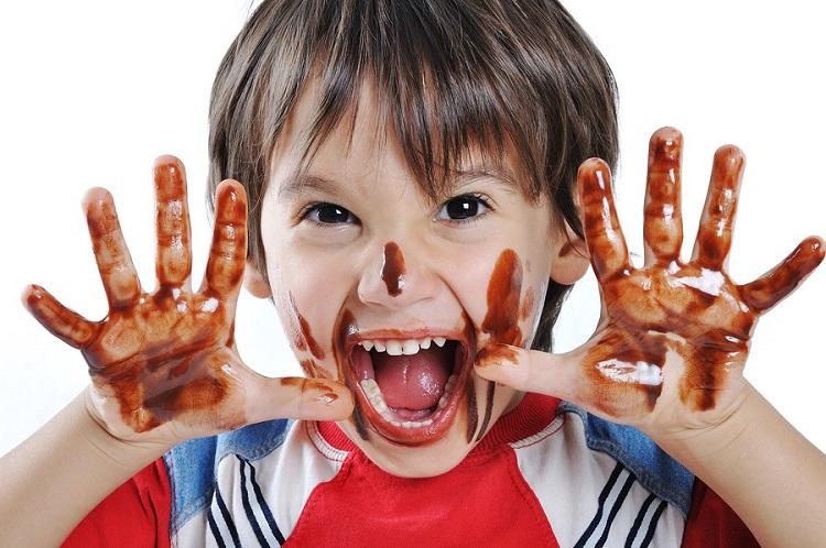 как вывести пятна шоколада