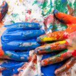 Чем отмыть акриловую краску с одежды и вещей