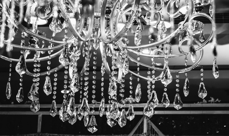 How to clean a crystal chandelier with pendants