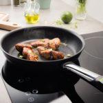 Як очистити сковороду з антипригарним покриттям
