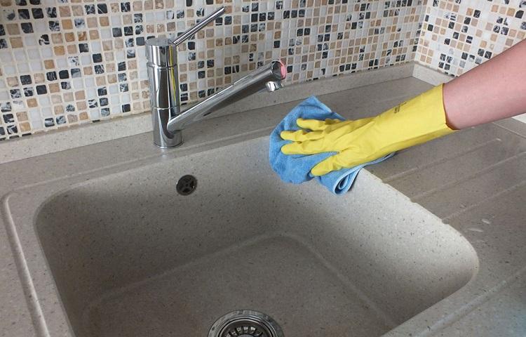 Чем отмыть керамическую раковину