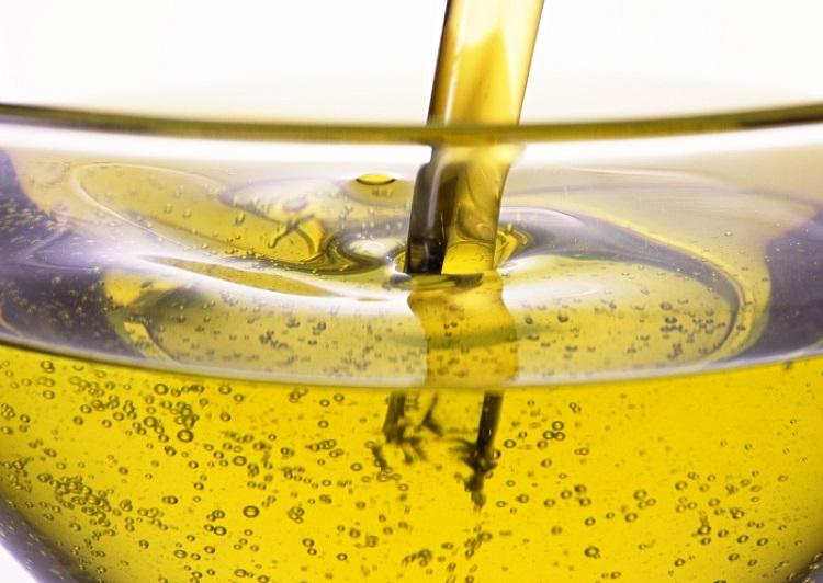 как оттереть пятно подсолнечным маслом