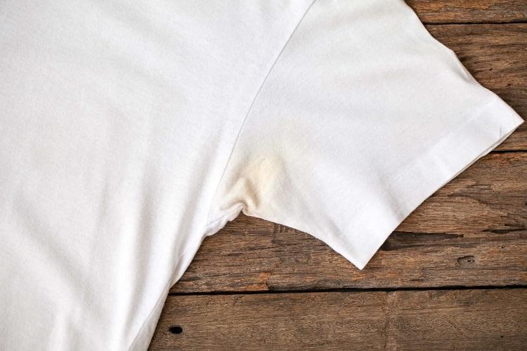 ял відіпрати білий одяг