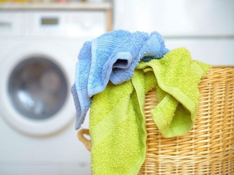 как вывести пятна на полотенце