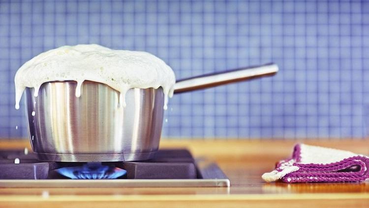пригорело молоко