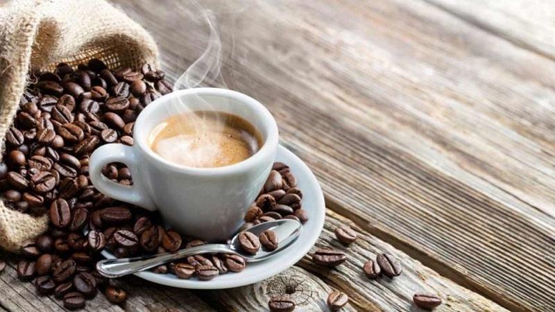Чи можна зберігати каву в морозильнику