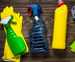 У чому небезпека синтетичних миючих засобів для людини