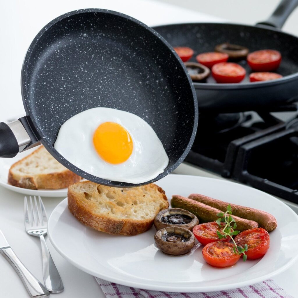 Як вибрати сковороду з кам'яним покриттям