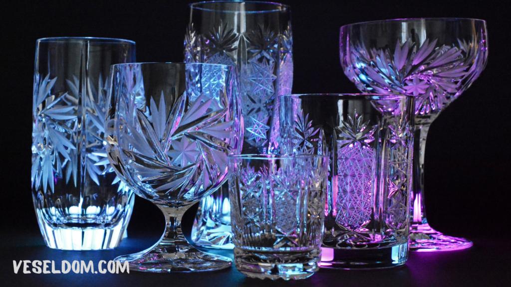 Різновиди кришталевих склянок і келихів